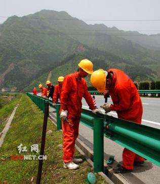 武汉高速公路配件,乡村公路护栏板