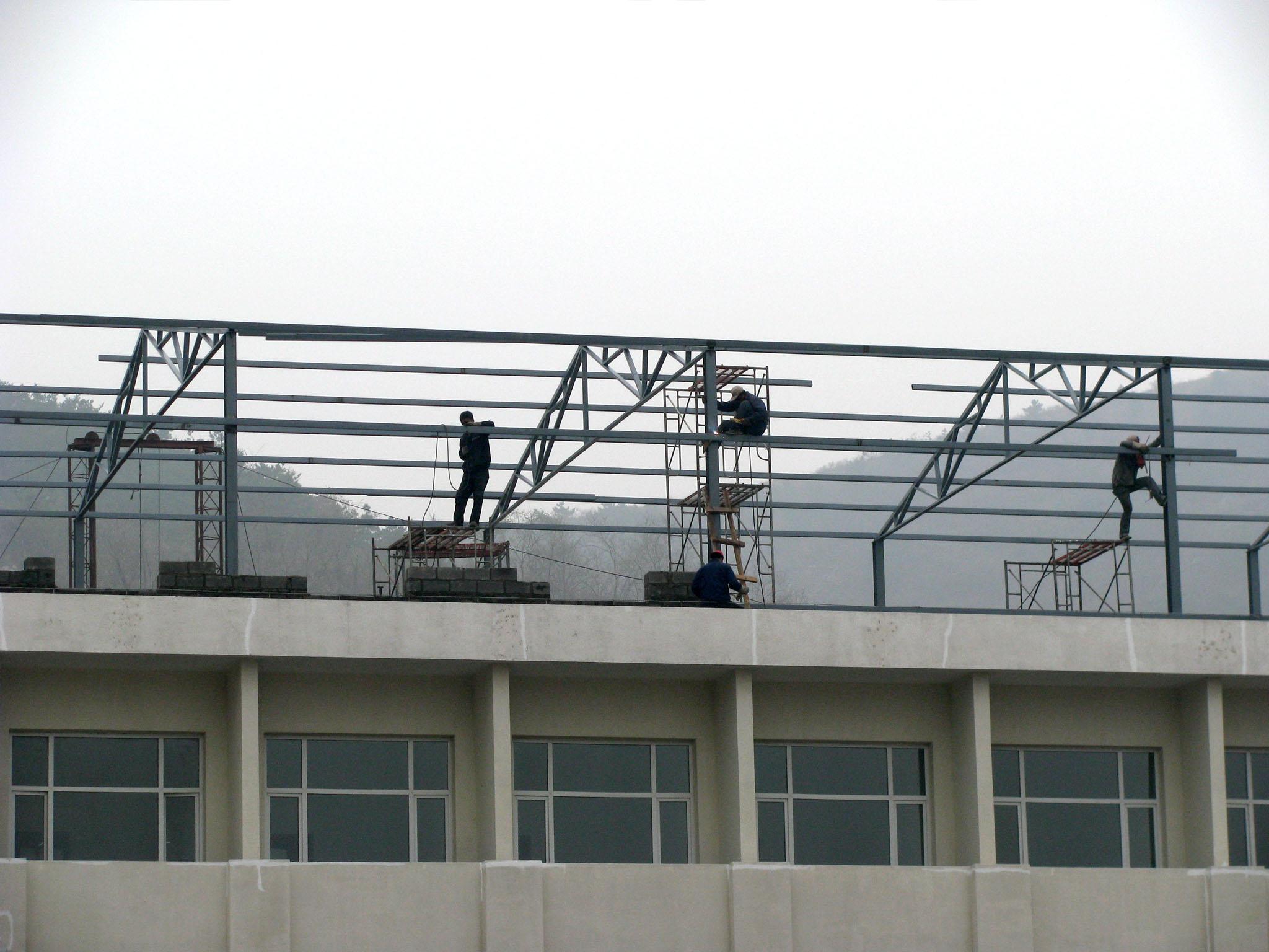 铁皮钢结构电梯