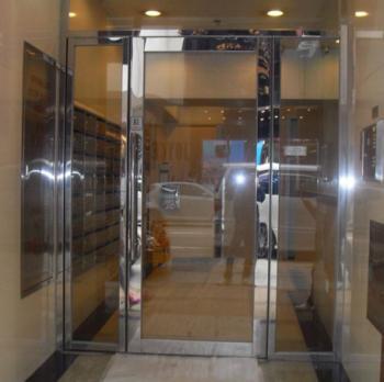 深圳玻璃防火门安装|专业技术坚固耐用