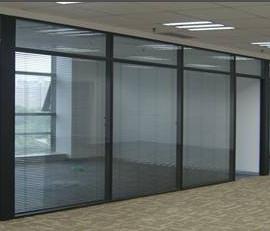 东莞玻璃隔墙
