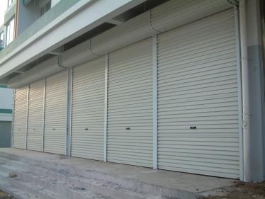 成都高新区卷帘门◆成都高新区卷帘车库门◆成都高新区翻板车库门◆安装维修