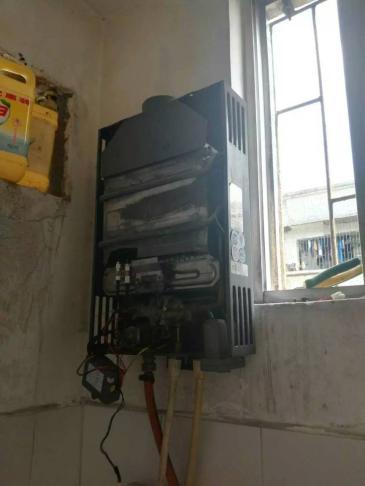 信宜热水器上门维修 信宜热水器维修电话