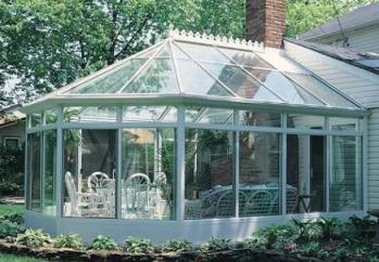 保定阳光房的清洁与保养方法
