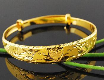运城哪里回收黄金首饰|信德宝黄金回收公司