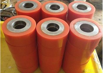 供应武汉聚氨酯胶轮,武汉包胶轮加工,宜昌橡胶滚轮加工包胶