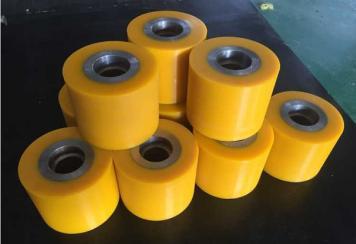 供应湖北武汉设备用聚氨酯包胶轮,加工包胶定做,滚轮包胶