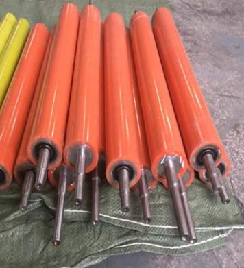 供应武汉聚氨酯滚筒包胶,输送滚轴包胶,铁轴包胶,辊筒包胶
