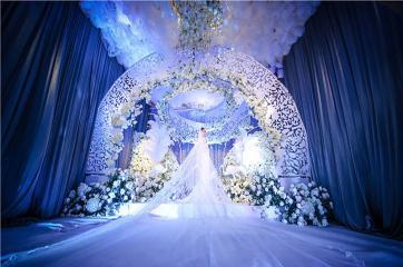 长沙婚庆长沙新娘跟妆老公都夸美