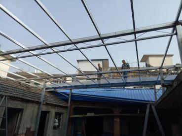 合肥薄利钢构 专业生产彩钢夹芯板