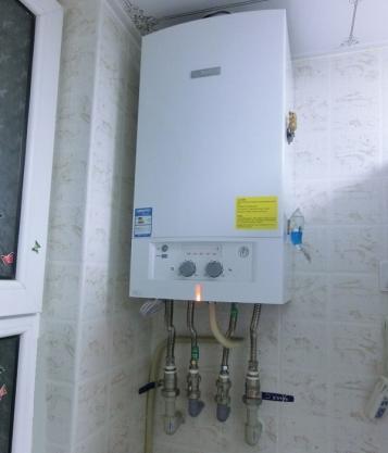 信阳热水器维修之太阳能热水器 的水忽冷忽热 怎么办