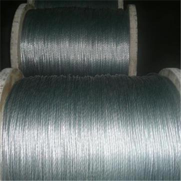 现货供应批发镀锌钢绞线 热镀锌铁丝 高品质产品规格齐全
