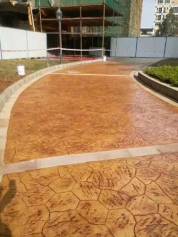 河北 沧州压模地坪 压模混凝土路面做法