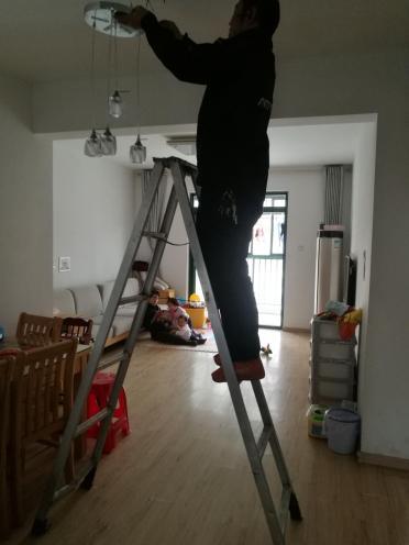 合肥灯具安装维修