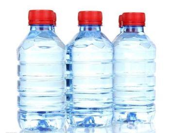 淮安新纪缘桶装水配送 提供免费清洗饮水机