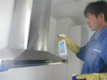 优质的临桂油烟机清洗维修效果