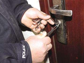 彭山开锁公司专业上门开锁换锁