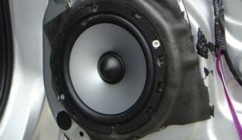 聊城汽车音响改装简述音响的保养方法
