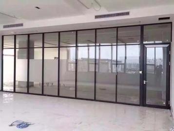 南昌玻璃隔断只起隔断作用吗