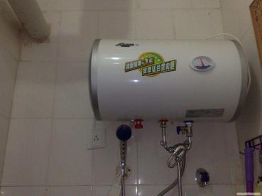 张店热水器维修服务高度责任感