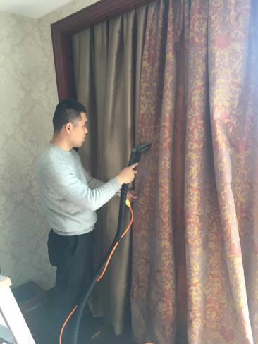 襄阳别墅区公寓高档写字楼的窗帘清洗