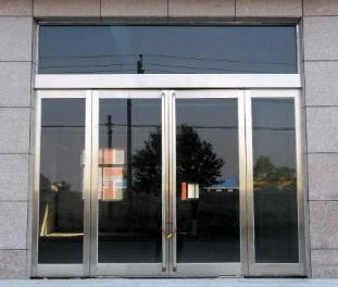 乌鲁木齐防火卷帘门/玻璃门的安装要求