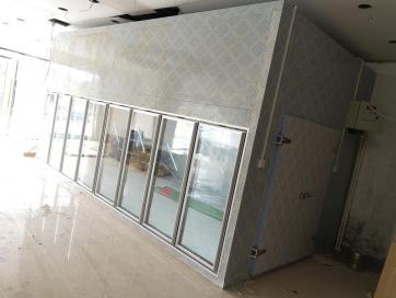 玻璃门展示冷库