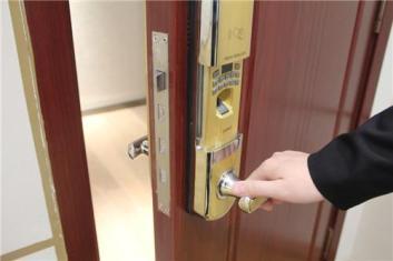 清远专业开锁开修各类锁具
