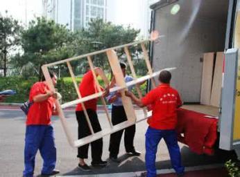 南昌专业搬家提供各式搬家车辆