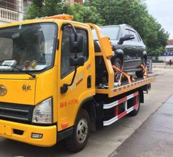 深圳道路救援拖车汽车道路紧急救援
