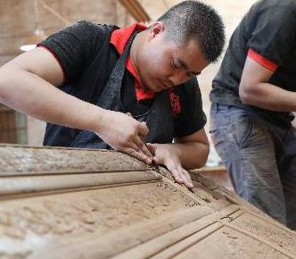 郑州红木家具维修掉漆刮伤开裂修补