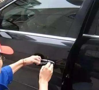 荆门开锁荆门开汽车锁荆门配汽车芯片钥匙遥控