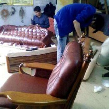 三亚家具维修认准成三亚金彩家具美容贴膜修复中心