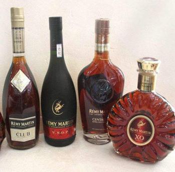 烟台烟酒回收公司专业回收各种规格的茅台酒