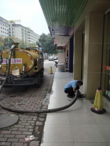 横沥清理化粪池30分钟极速上门 专车专业