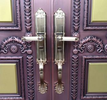 丰顺专业提供防盗门开锁