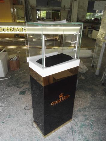 香港轻奢手机品牌定制烤漆玻璃展示柜