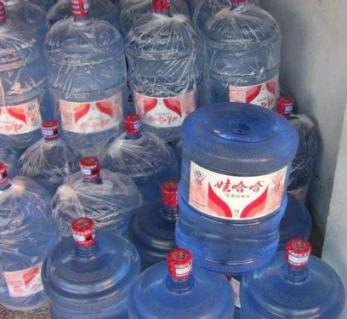 株洲桶装水批发保证干净安全