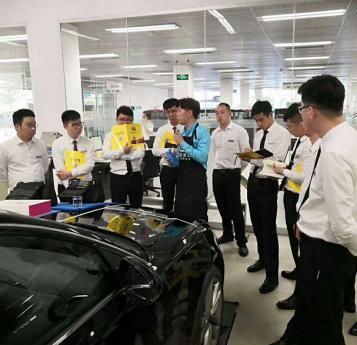 四川汽车美容加盟锦鸿全方位扶持
