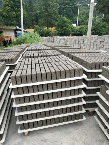 黔南水泥砖批发规格众多