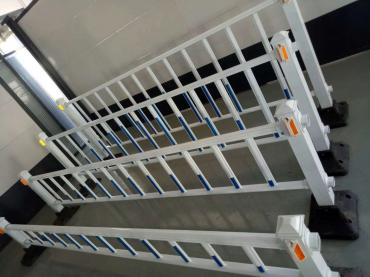 龙华围挡护栏道路围栏护栏产品丰富