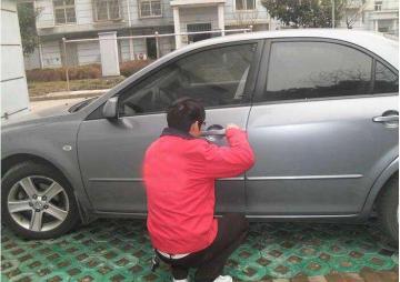 贺州专业汽车开锁_随叫随到