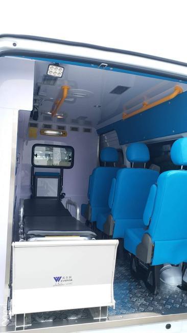 浙江救护车出租 车上备有急救器材