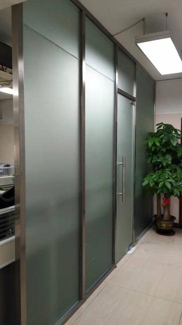 龙华新区玻璃隔断 价格优惠 质量保证