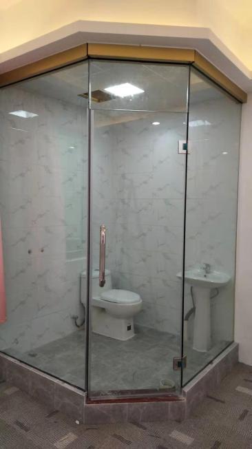 深圳龙华新区卫生间隔断玻璃隔断