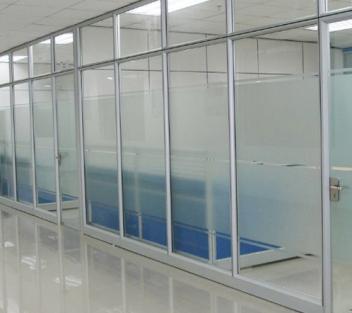 深圳龙华新区办公室玻璃隔断安装