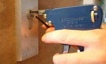 修水山口哪里有换锁?资深开锁专家上门服务