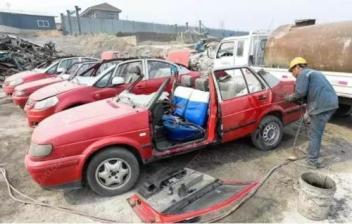 南京报废车回收各类机动车的使用年限