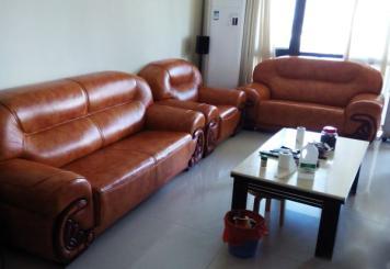 青岛沙发翻新提供上门服务