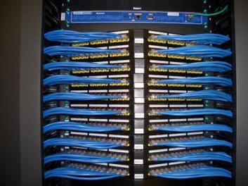 东莞上门修电脑专业网络布线