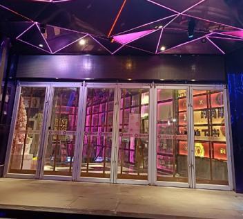 呼市棉门帘常用于商场学校大型商场